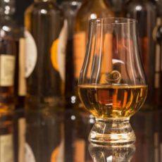 Rund um die Welt mit Whisky am Lagerfeuer